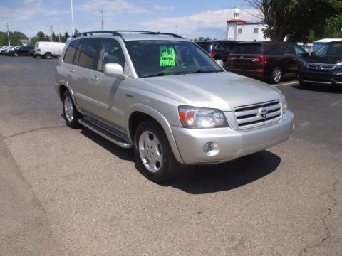 Pre-Owned 2004 Toyota Highlander Limited